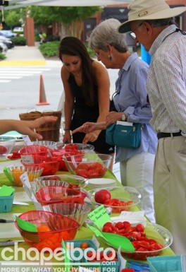 There were lots of varieties of tomatoes to sample!