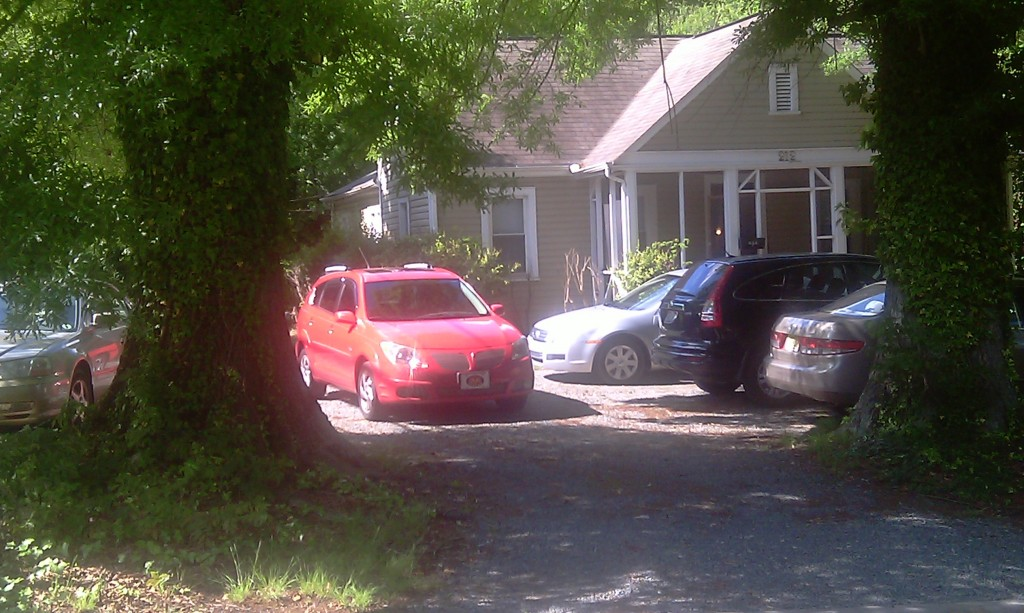 Parking at a residence on Carr Street in the Northside neighborhood before parking limit was put in place. Photo courtesy of Hudson Vaughn.