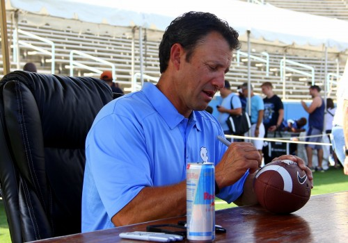 Coach Larry Fedora-001