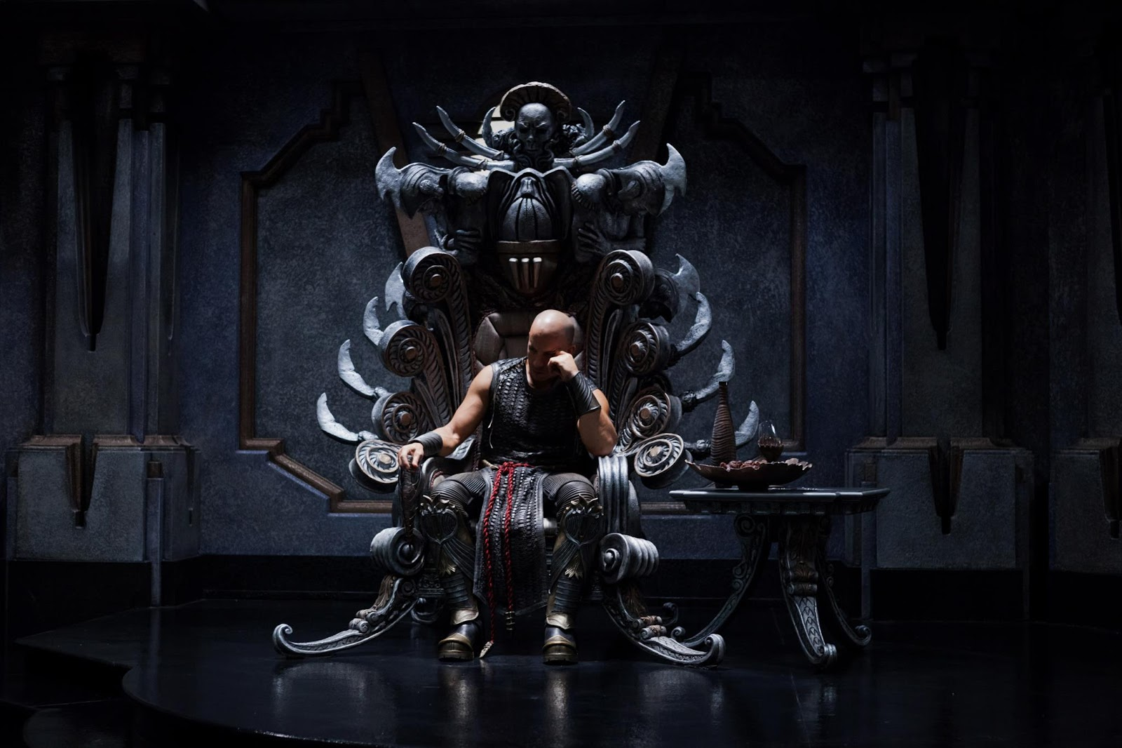 riddick-3-vin-diesel-throne